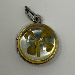 Four leaf clover pendant/locket